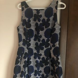 Tommy Hilfiger Size 8 dress